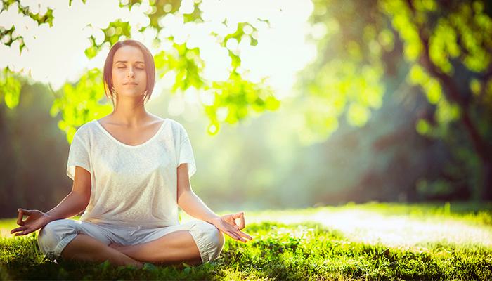 Meditare per rallentare l'invecchiamento