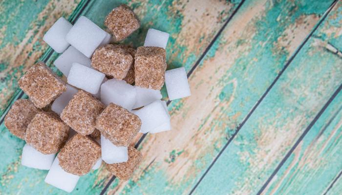 Gli effetti negativi dello zucchero e 5 consigli per consumarne di meno